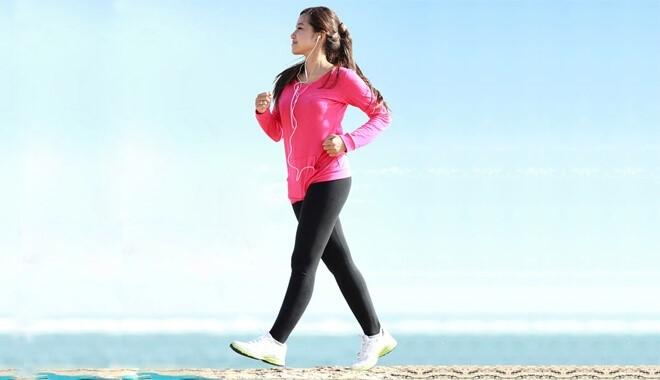 Mách bạn cách đi bộ đúng cách để giảm mỡ cấp tốc an toàn.